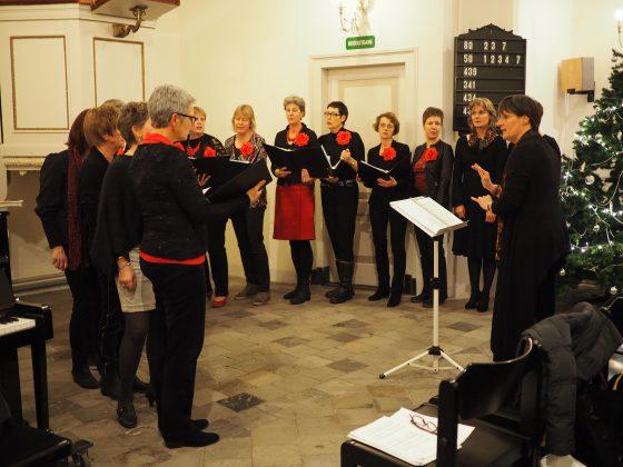 Lied en pianospel in Sleeuwijks kerkje